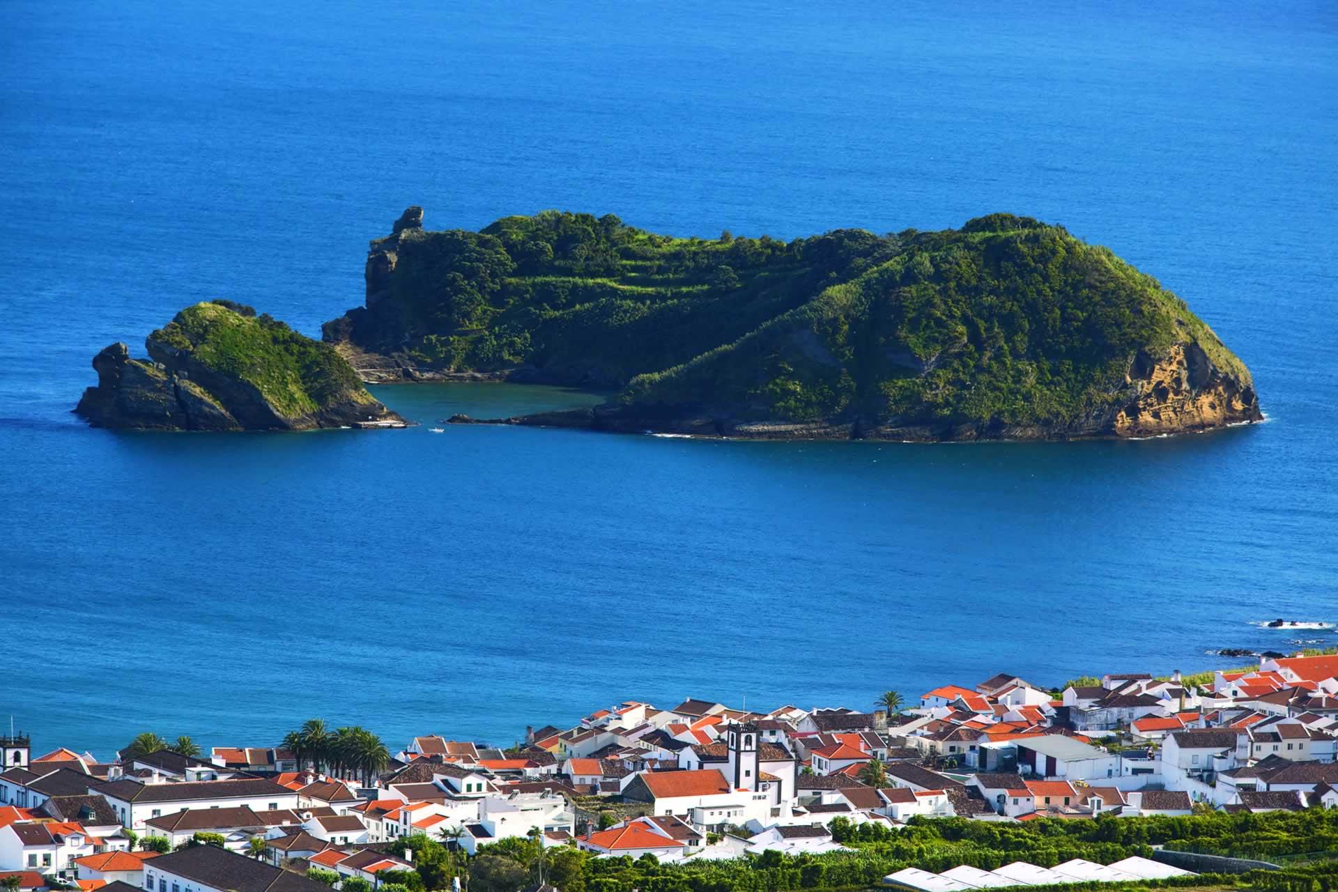 Petit paradis à l'intérieur d'un plus grand que forme l'île de São Miguel, l'îlot de Vila Franca do Campo, réserve naturelle