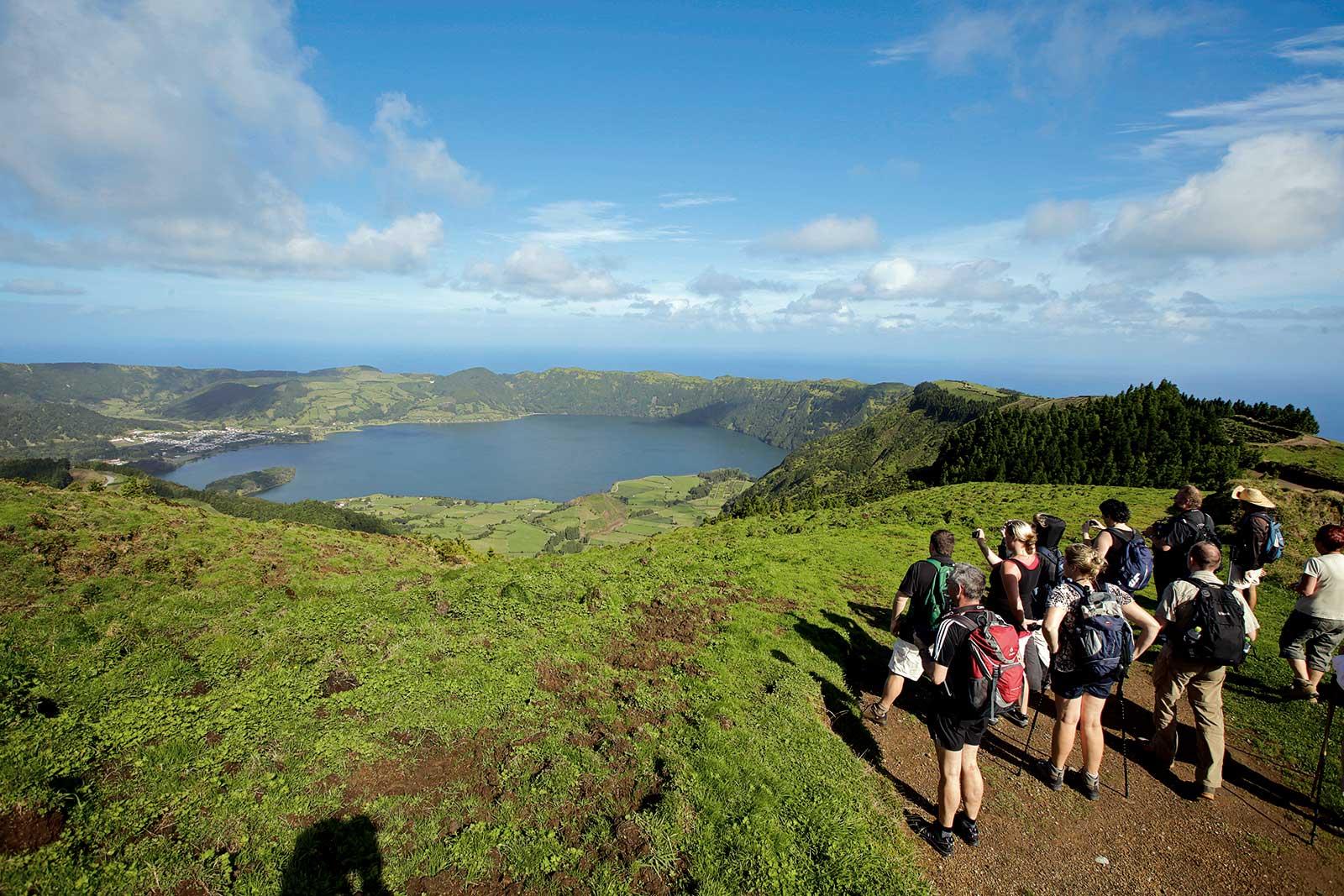 Randonnée Lagoa do Fogo sur l'île de São Miguel, l'un des plus beaux lacs des Açores